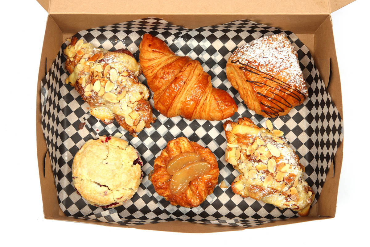 box-of-6-pastry