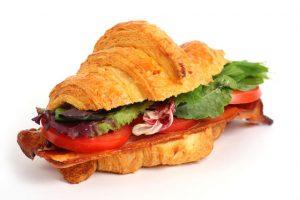 blt-croissant-sandwich